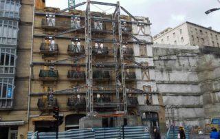 Étançonnements de façade, ÉTANÇONNEMENTS DE FAÇADE